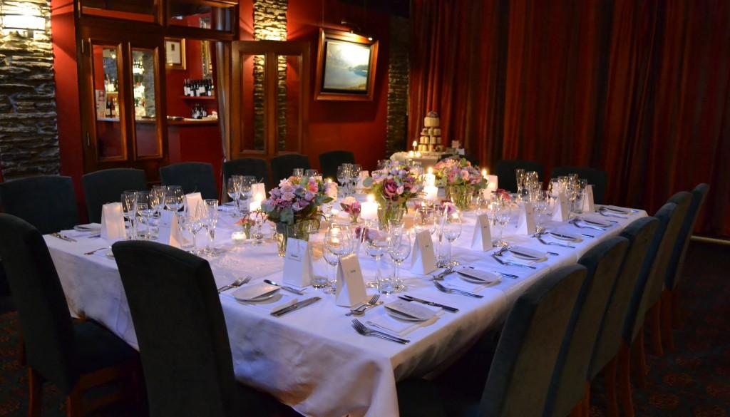 Queenstown intimate winter wedding simply perfect weddings flowers junglespirit Images