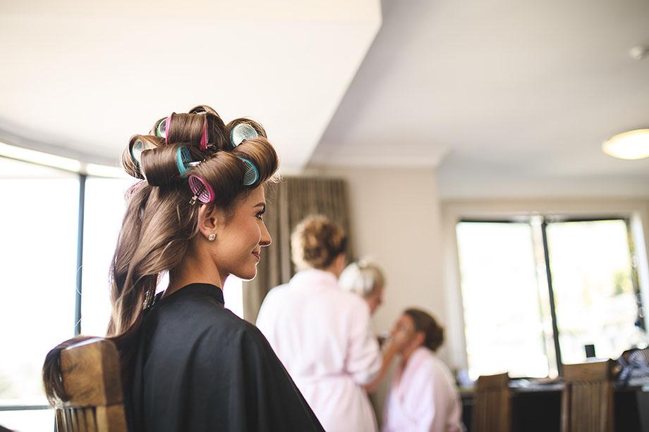Bride getting ready in Queenstown