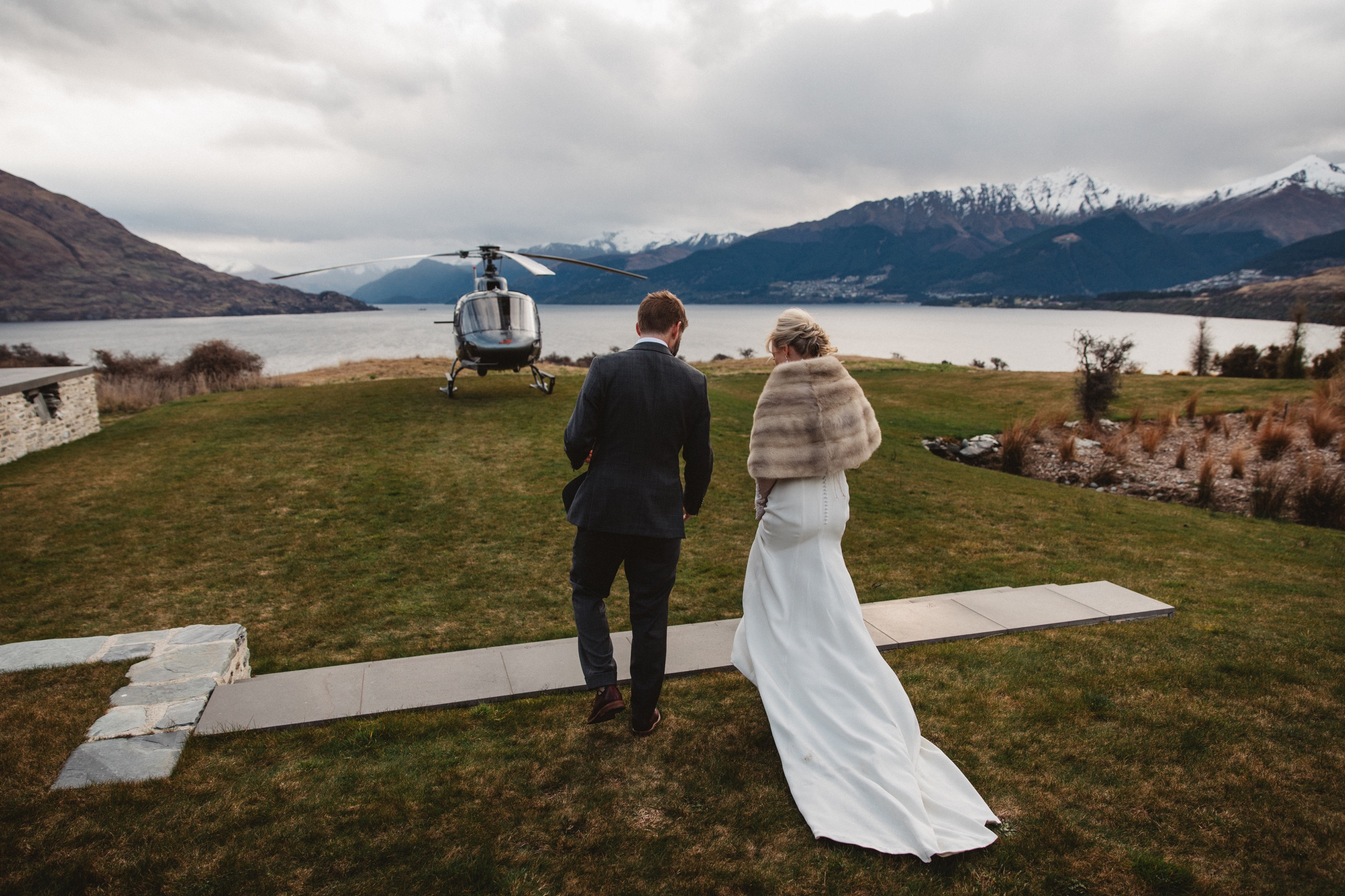 Destination heli wedding planning in winter